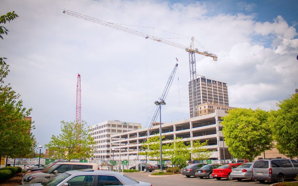 Big Ash Crane Arrives Downtown Fort Wayne