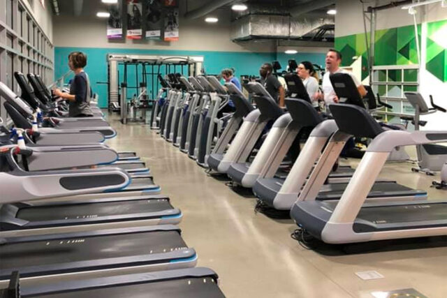 Skyline YMCA in Ash Skyline Plaza Fort Wayen