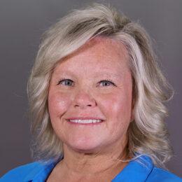 Laura-Macklin-Ash-Brokerage-Retirement-Case-Manager